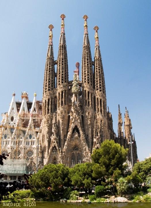 برشلونه اجمل مدن اسبانيا 120520155501VeQW